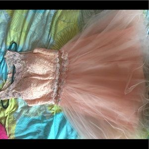 Dresses & Skirts - Blush homecoming/ party dress
